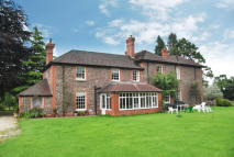4 bed Detached house for sale in Llandybie CARMARTHENSHIRE