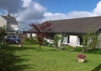 4 bedroom Bungalow for sale in Penygroes CARMARTHENSHIRE