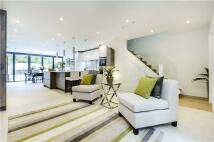 4 bed Terraced property in New Kings Road, London...