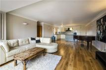 Flat for sale in Sailmakers Court...