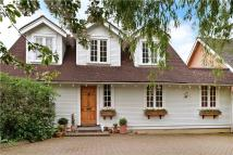 4 bed Detached house for sale in Elstree Road...