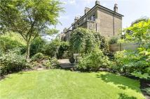 3 bedroom Flat in Boscastle Road, London...