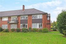 Flat to rent in Bromet Close, Watford...