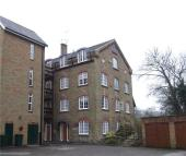 2 bed Apartment to rent in Grove Mill Lane, Watford...