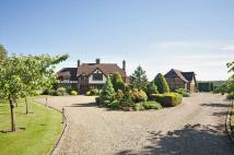 5 bedroom Detached property in Hogpits Bottom, Flaunden...