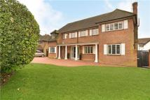 5 bedroom Detached house to rent in Hempstead Road, Watford...