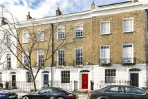 Terraced house in College Cross, London, N1