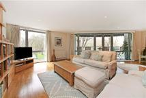 Highbury Grove Flat for sale