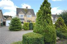 3 bed Detached property in Ollney Road...