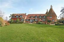 6 bedroom Detached property in Cowbeech Road...