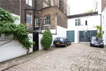 1 bedroom Mews in Westbourne Terrace Mews...