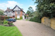 5 bed property in Brackendene House...