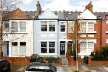 Terraced home in Selwyn Avenue, Richmond...
