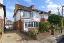4 bed semi detached home in Marble Hill Close...