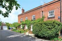 3 bedroom Flat for sale in The Lawn, Horton Road...