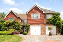 Detached property in Treetops View, Loughton...