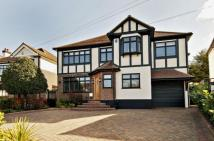6 bedroom Detached property in Tycehurst Hill, Loughton...
