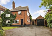 4 bedroom Detached home in Mornington Road...