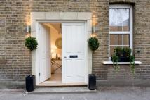 3 bedroom Mews for sale in Sheep Walk Mews, London...