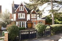 5 bed Detached home in Pepys Road, London, SW20