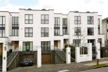5 bed new home in Queensmere Road, London...