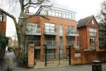 3 bedroom Flat for sale in Wimbledon Hill Road...