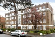2 bedroom Flat for sale in Wimbledon Close...