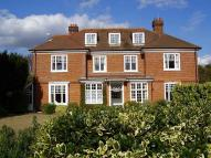 Flat in Hawkwood Rise, Bookham...