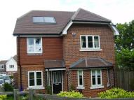 Detached property to rent in Lyngarth Close, Bookham