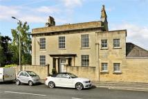 Flat for sale in Hampton House...