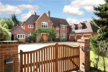 6 bed Detached home in Burkes Road...