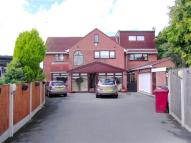 5 bedroom Detached home in Roby Mount Avenue...