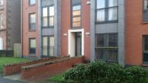 Flat to rent in Crathie Drive, Glasgow...