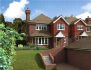 4 bed new house for sale in Harestone Hill, Caterham...