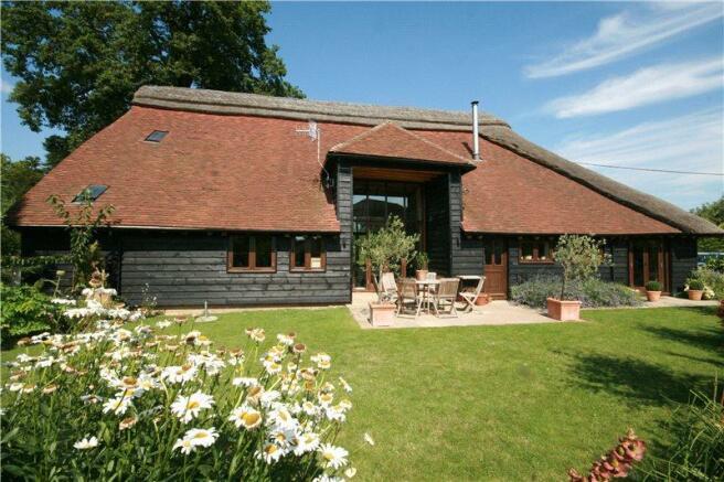 Barn Conversions Surrey. Picture No. 15