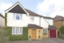 Detached property in Kearton Close, Kenley...