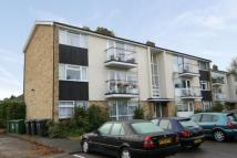 2 bed Flat in Lingholme Close...