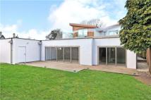 4 bed Detached home for sale in Greenway Lane...