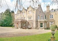 6 bed semi detached home in Fairford Road, Lechlade...