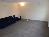 Flat to rent in Grove Green Road, London...