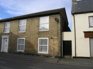 2 bedroom Terraced house to rent in Wellington Street...