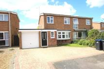 3 bed semi detached house in Robins Close, Ely