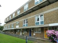 4 bedroom Maisonette in Ford Road, E3