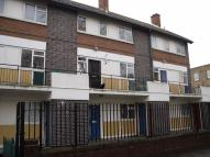 Flat to rent in Woolen Close E1