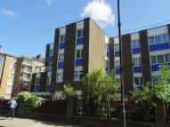 Flat to rent in Grove Road, E3