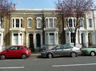 2 bedroom Flat in College Terrace, E3