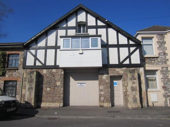 2 Bedroom Flat To Rent In Mill Road Ely Cardiff Cf5