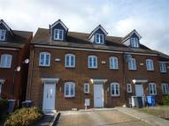 3 bedroom property in Coles Close...
