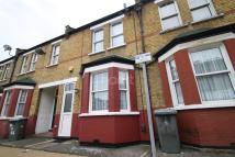 3 bedroom Terraced property in Stratford