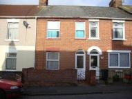 2 bed house to rent in Town Centre...